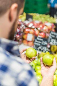 Oferta wiązana, czyli czy zawsze muszę kupić co najmniej 2 jabłka, a może jednak zwrot pieniędzy?