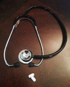 Umowa leczenia zawsze kojarzy się ze stetoskopem