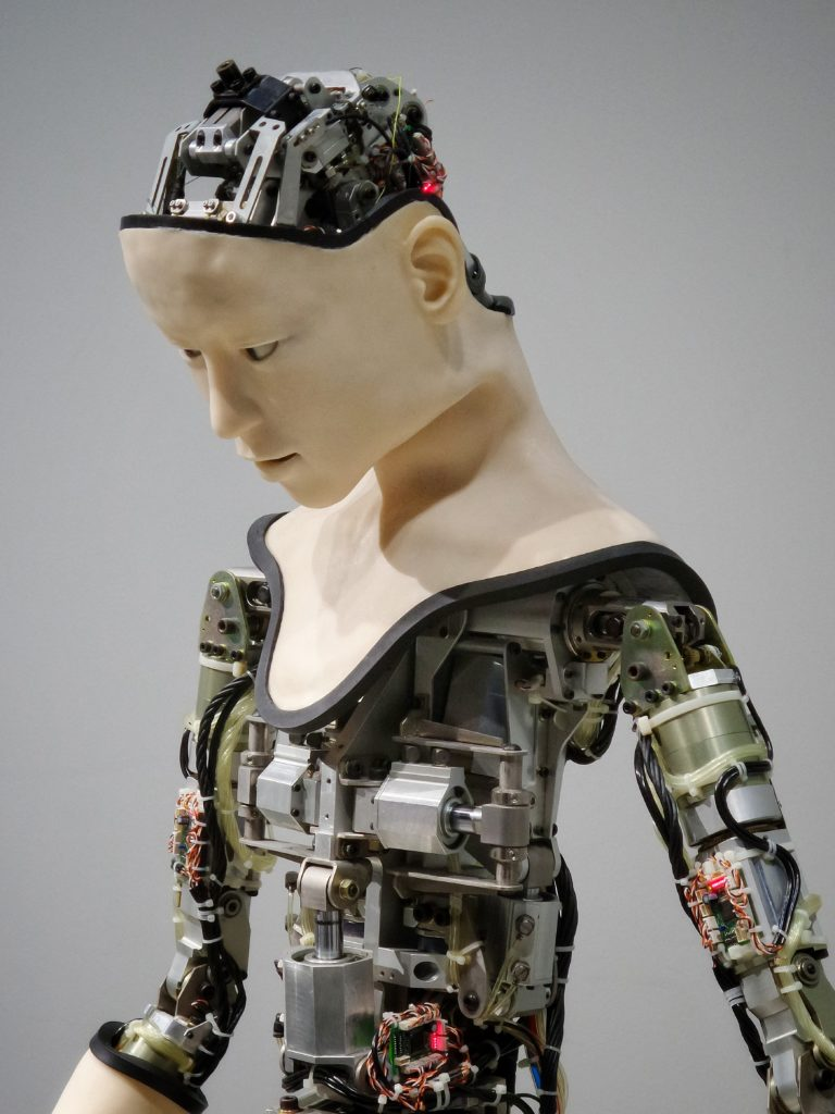 odpowiedzialność sztucznej inteligencji to twardy orzech do zgryzienia