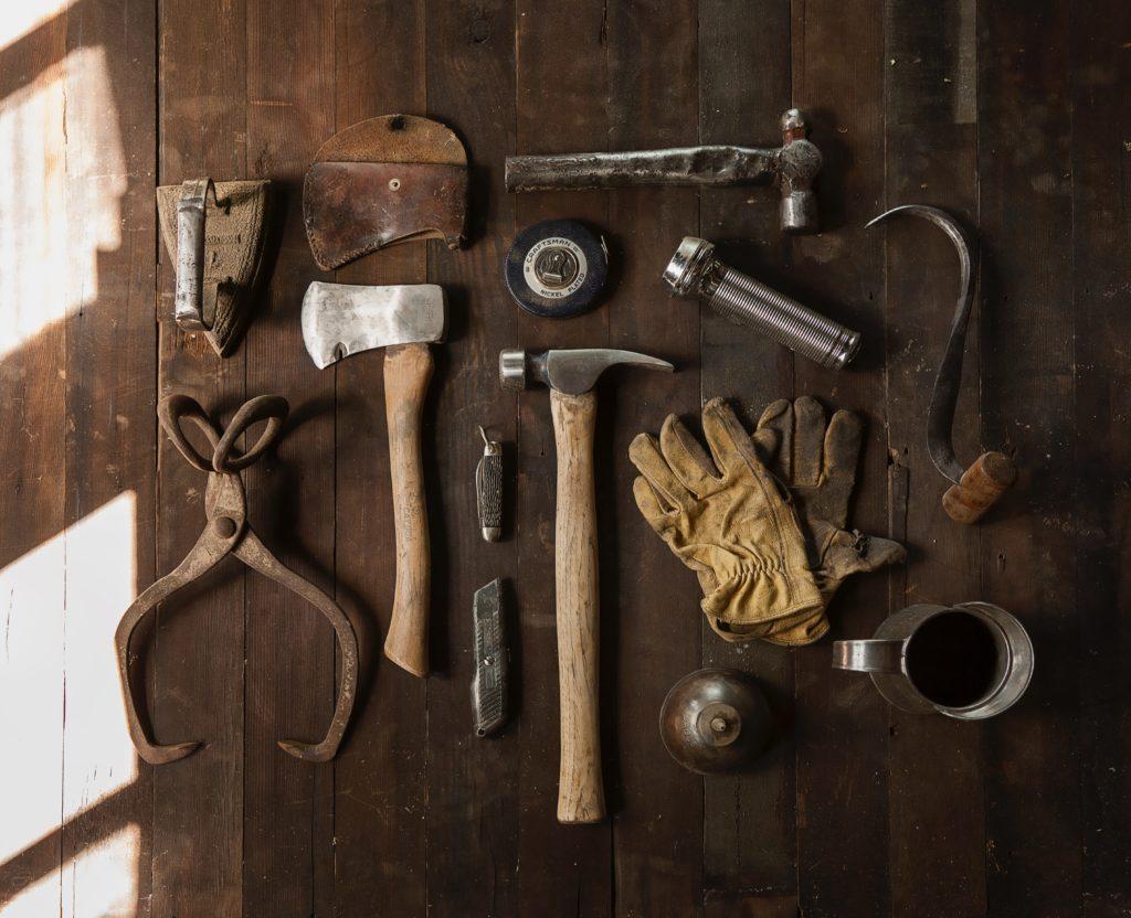 narzędzia przeszłości czyli jaki zawód wybrać w przyszłości