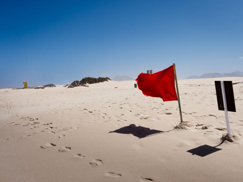 kara umowna czego nie podpisywać 3 zapisy jak czerwona flaga