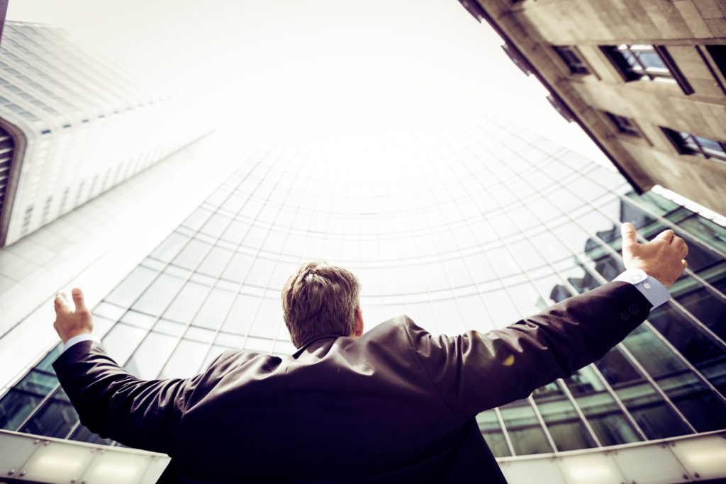 Człowieczeństwo prawnika przeszkadza w sukcesie