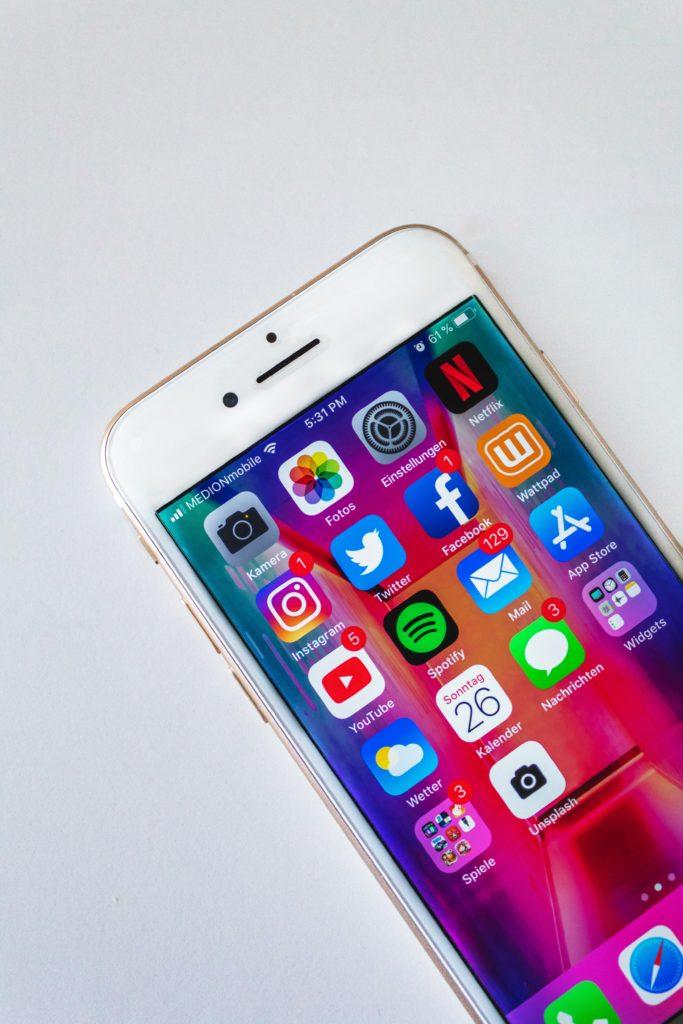 Nic tak nie oddaje ducha dzisiejszych czasów jak iphone