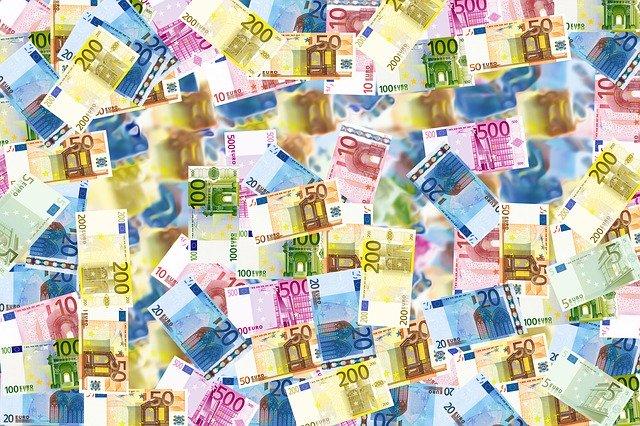 eksport danych osobowych poza UE to często podwyższone koszty