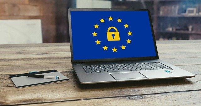 UE chroni dane osobowe- wyrok C-113/18