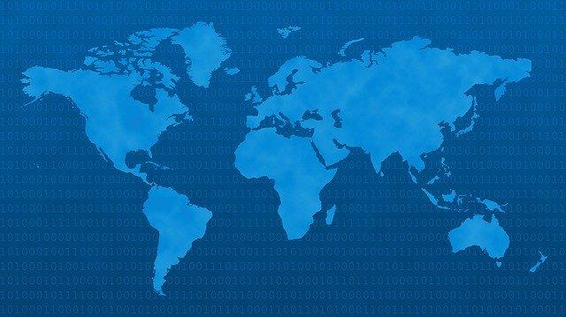 świat jest wieli i pełen danych osobowych